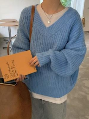Woozi Blue Knit V-Neck Sweater (1)