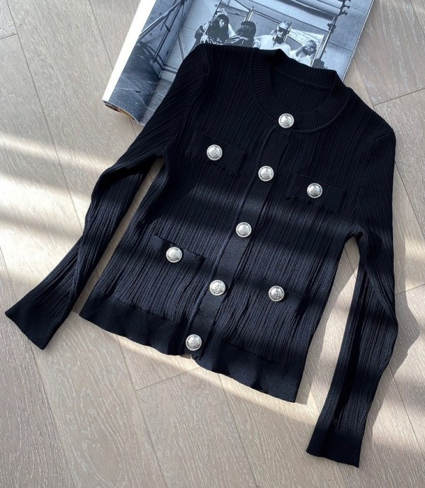 Black Cardigan With Silver Buttons | Chung Ha
