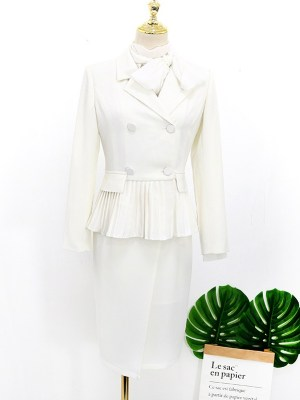 IU – Hotel Del Luna White Pleated Coat (10)