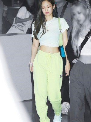 Yellow Classic Sweatpants | Jennie – BlackPink