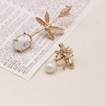 Bee And Leaf Asymmetrical Earrings    Ko Moon‑Young – It's Okay Not To Be Okay