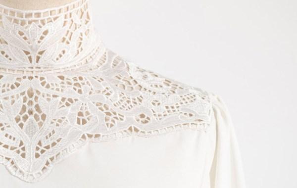 White Lace Neckline Blouse | Lisa – BlackPink