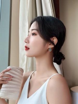 IU – Hotel Del Luna Sapphire Drop Earrings (9)