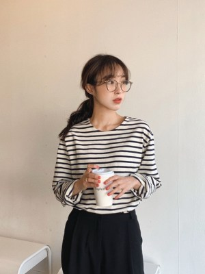 Oh Mi Joo – Run On Stripe Patterned Long Sleeve T-Shirt (1)