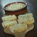 Tartinade olives vertes-parmesan