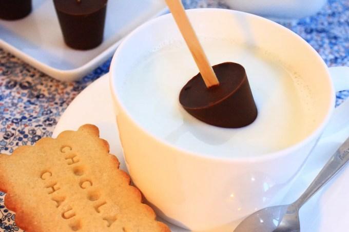 sucettes au chocolat fondre cadeau gourmand. Black Bedroom Furniture Sets. Home Design Ideas