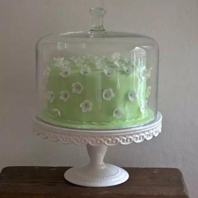 Gâteau citron-vanille & déco fleurie en pâte à sucre