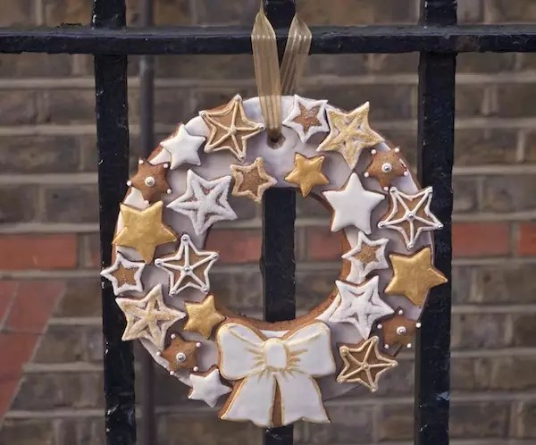 gingerbread-christmas-wreath