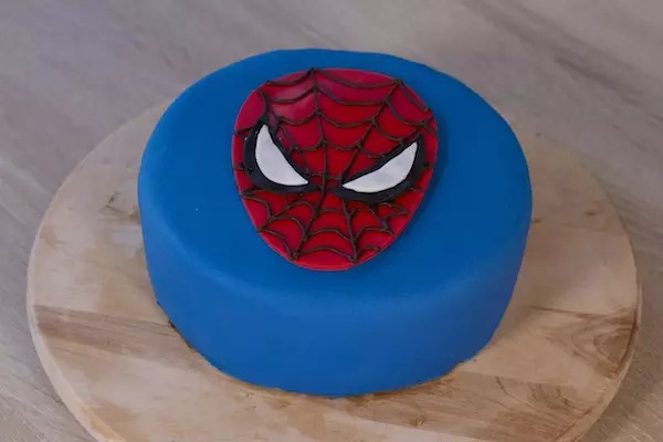 G teau spiderman fashion cooking - Deco anniversaire spiderman ...