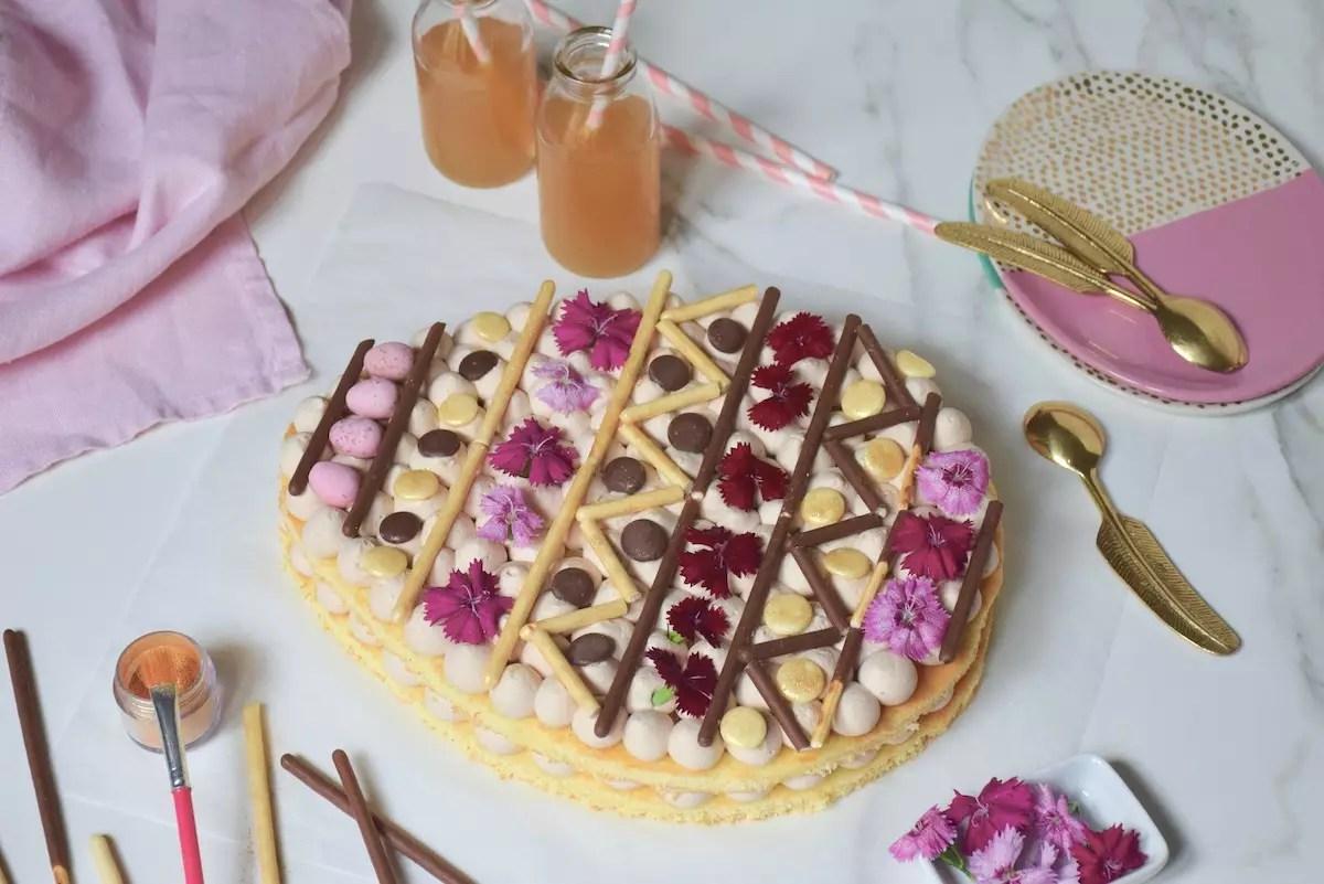 gâteau œuf de Pâques façon Number Cake, ganache montée kinder