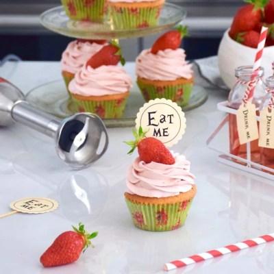 Le retour des fraises – Parfait cupcake vanille fraise, ganache montée fraise