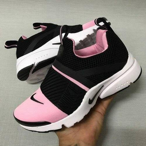 outlet store ef9d1 812d4 NIKE PRESTO EXTREME SNEAKER