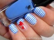 striped nail arts