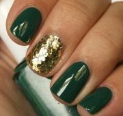 royal emerald green nail design