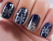 adorable winter inspired nail