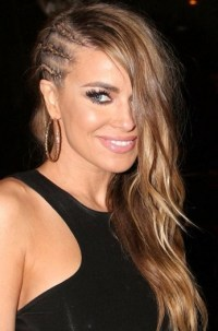 15 Lovely Side Swept Hairstyles