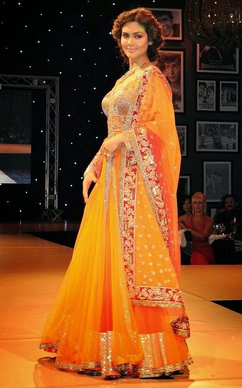 Esha Gupta in Manish Malhotra Lehenga Bridal Collection 2014 for Women