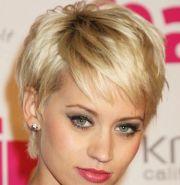 hairstyles wavy hair stylish