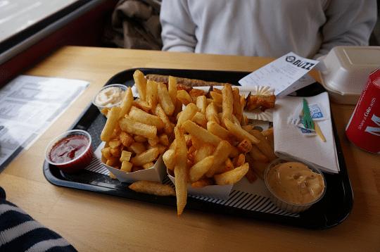 Friterie_LeBuzz_frites