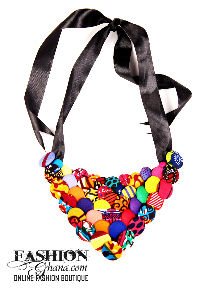 V Shaped Print Button Bib Necklace