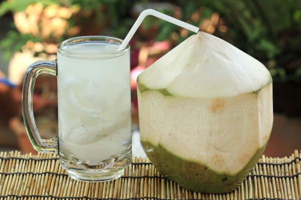 do-you-know-what-happens-if-you-drink-coconut-water-for-7-days-on-empty-stomach