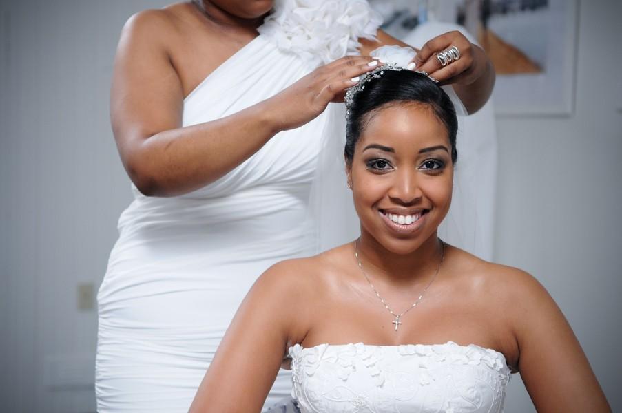 montauk-new-york-african-american-real-wedding-trendy-bride-16