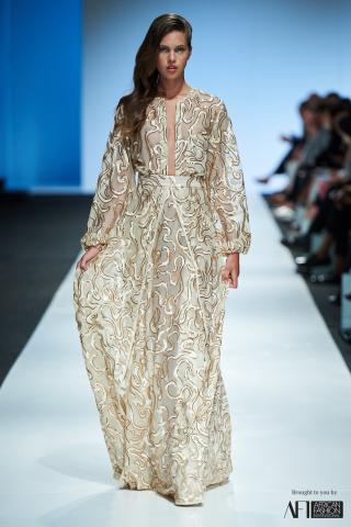 JOANNA HEADLEY mercedes benz fashion week cape town 2017 (16)