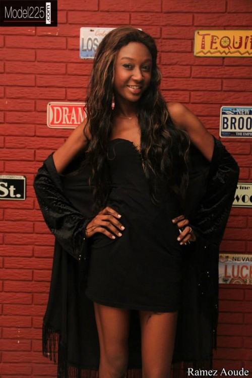 backstage model225 (20)
