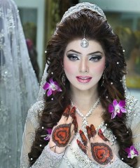 latest Pakistani Bridal Hairstyles 2017 For Girlslatest ...