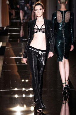 atelier-versace-fall-2013-6