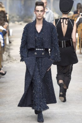 chanel-haute-couture-fall-18