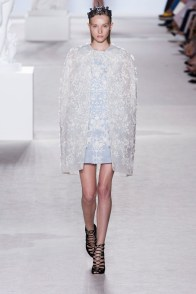 giambattista-valli-couture-fall-2013-15