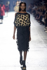 dries-van-noten-spring-2014-23