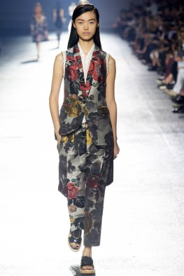dries-van-noten-spring-2014-31