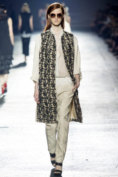 dries-van-noten-spring-2014-38