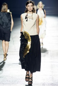 dries-van-noten-spring-2014-49