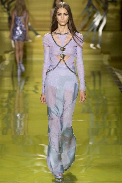 versace-spring-2014-44