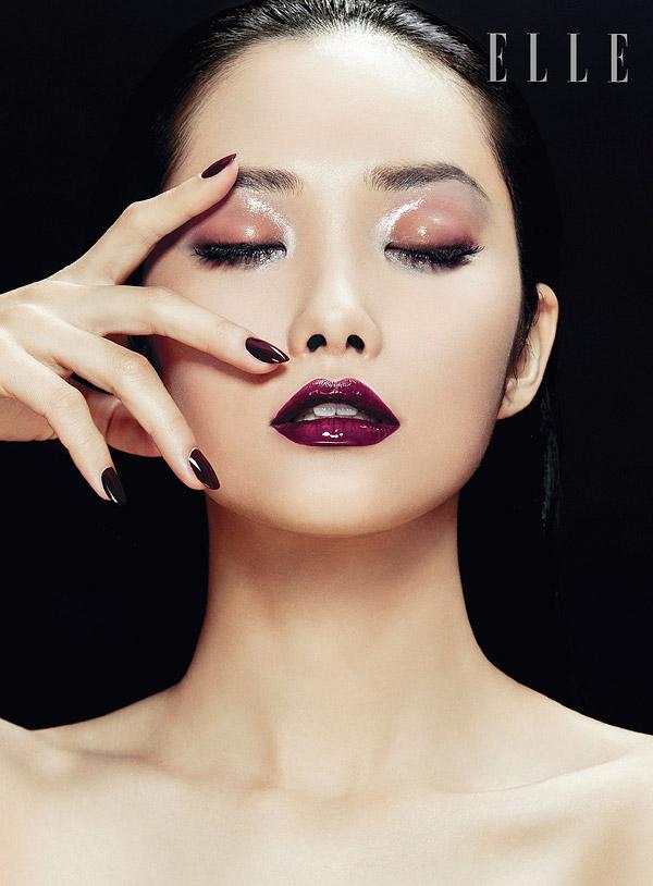 Kwak Ji Young Poses for Zhang Jingna in Elle Vietnam