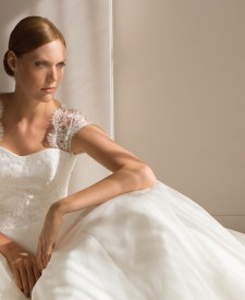 5fb32d23a81 David s Bridal Features a Plus-Size Model in New Campaign