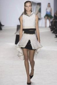 giambattista-valli-spring-2014-haute-couture-show3
