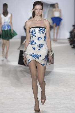 giambattista-valli-spring-2014-haute-couture-show5