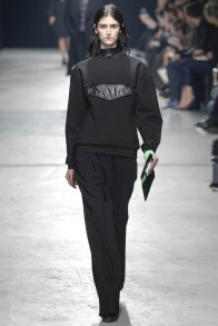 christopher-kane-fall-winter-2014-show2
