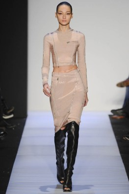 herve-leger-fall--winter-2014-show18