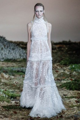 alexander-mcqueen-fall-winter-2014-show33