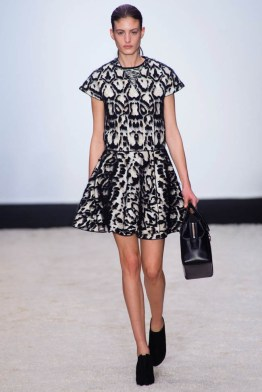 giambattista-valli-fall-winter-2014-show7
