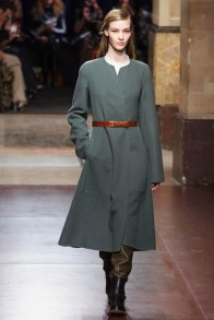A look from Hermes' fall-winter 2014 collection designed by Christophe Lemaire