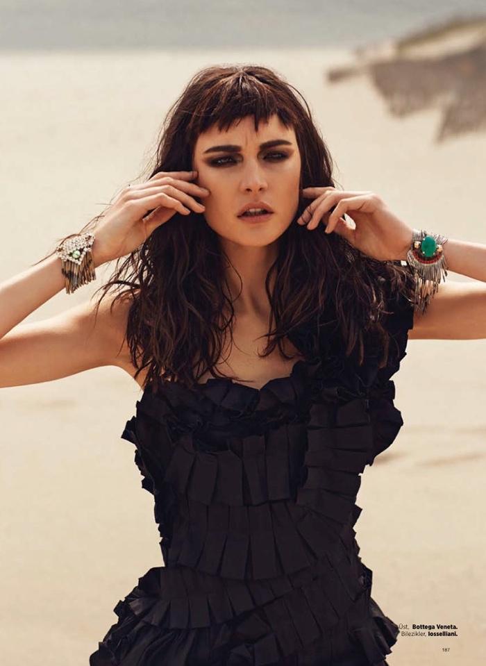 Jacquelyn Jablonski Gets Dark For Harpers Bazaar Turkey
