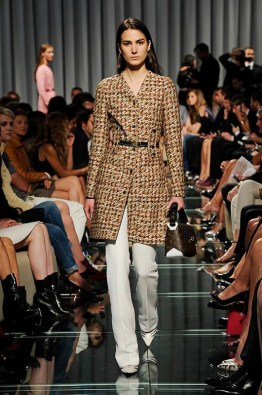 louis-vuitton-cruise-2015-runway-photos31