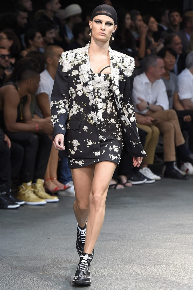 givenchy female models men6 Irina Shayk, Candice Swanepoel, Adriana Lima Walk Givenchy Menswear Show