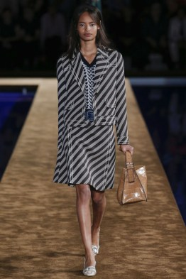 prada-2015-resort-photos7